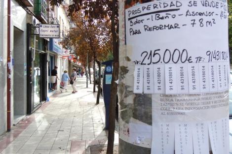 Carteles de 'Se Vende' en el barrio de Prosperidad de Madrid. | Elmundo