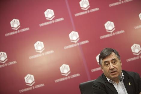 Gervasio Sánchez durante la conferencia.