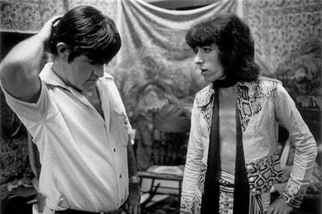Ian Stewart, junto a Bill Wyman, antes de un concierto, en 1975.