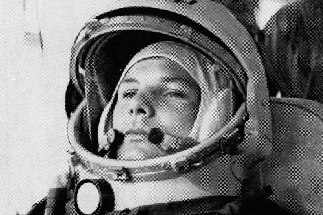 El piloto Yuri Gagarin tenía 27 años cuando viajó al espacio.   AP