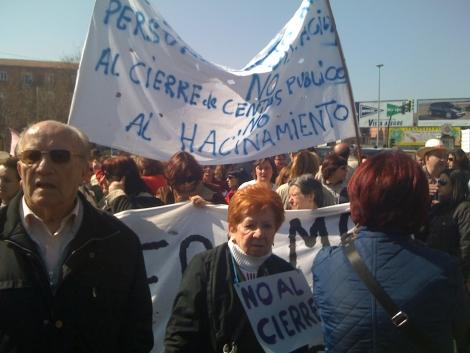 Una de las manifestaciones contra el cierre de los centros. | ELMUNDO.es