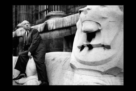 Alfred Hitchcock, retratado por Thurston Hopkins. | Efe