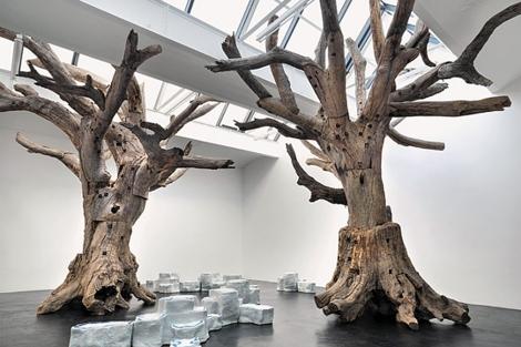 'Tree 2011', de Ai Weiwei, en la galería Neugerriemschneider.