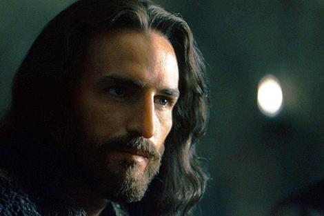 Caviezel, en un fotograma de 'La pasión de Cristo' (2004).