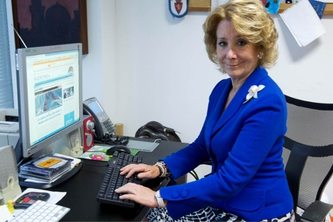 Esperanza Aguirre, en el encuentro en ELMUNDO.es (Cuéllar)