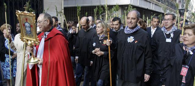 Francisco Camps, junto a varios dirigentes del PP, en la romería de la Santa Faz de Alicante. | GVA