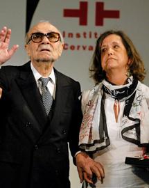 Sábato y Elvira, en 2004. | Leo la Valle