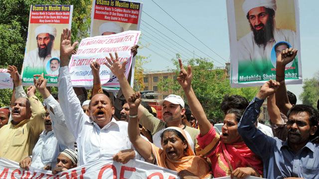 Pakistaníes se manifiestan contra EEUU tras la muerte del líder de Al Qaeda, Osama bin Laden. | Efe