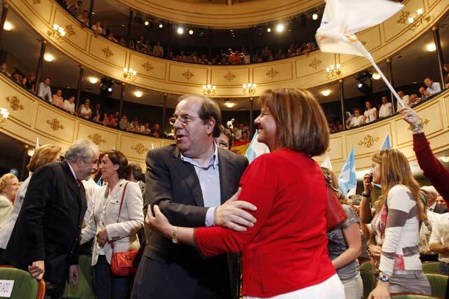 Acto electoral de Juan Vicente Herrera en el Teatro Liceo. | E. Carrascal