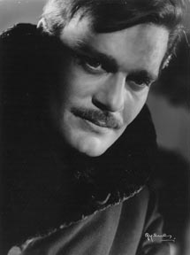 Omar Sharif, cuando rodaba 'Doctor Zhivago'. | Galería Vaszary de Kaposvár
