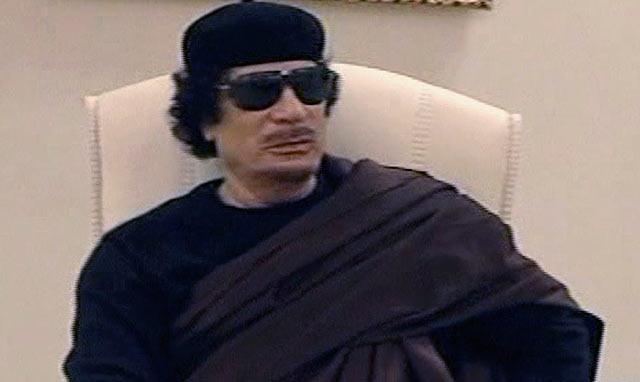 Muamar Gadafi en la última aparición del mandatario recogida por la televisión libia. | AP