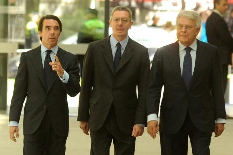 Aznar, Gallardón y González, antes del acto. | FAES