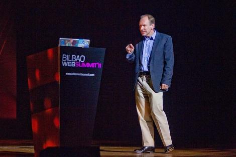 Sir Tim Berners Lee, durante su intervención en la Bilbao Web Summit. | Mitxi