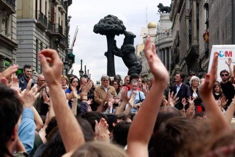 Concentración en la Puerta del Sol.   Reuters