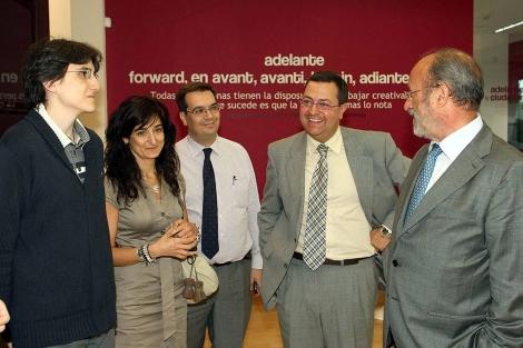 Wikimedia firma un acuerdo para fijar su sede española en Valladolid. | Ical
