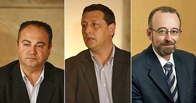 Vigo, Traba y Santos, alcaldes de Cee, Fisterra y Mazaricos imputados por la 'Operación Orquesta'.