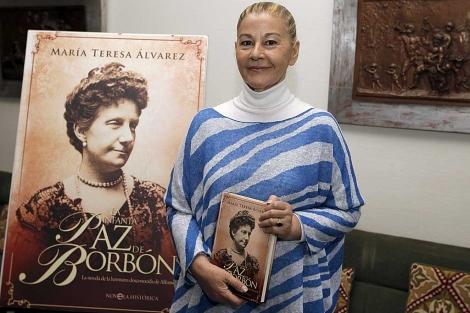 María Teresa Álvarez durante la presentación de su libro 'La infanta Paz de Borbón' | Efe