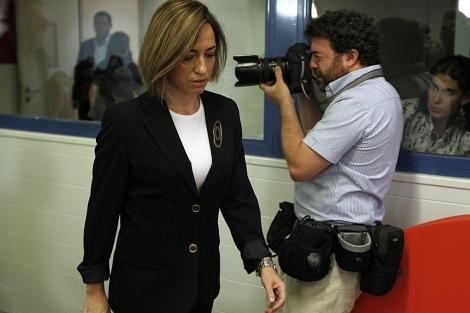 La ministra de Defensa Carme Chacón en la rueda de prensa de Ferraz. | Reuters