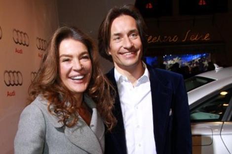 El ex ministro y su mujer, Fiona Swarovski. | AP