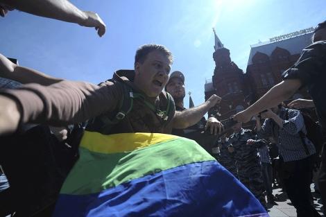 La policía ha detenido a varios activistas gays en la capital rusa.   Reuters