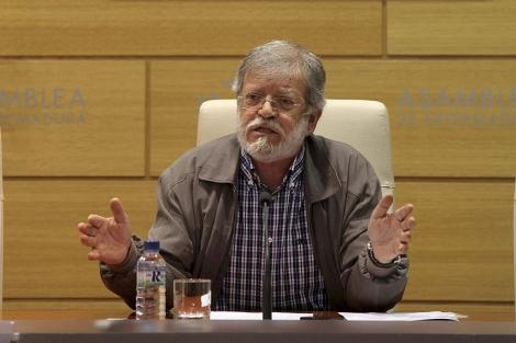 Rueda de prensa de Juan Carlos Rodríguez Ibarra. | Efe
