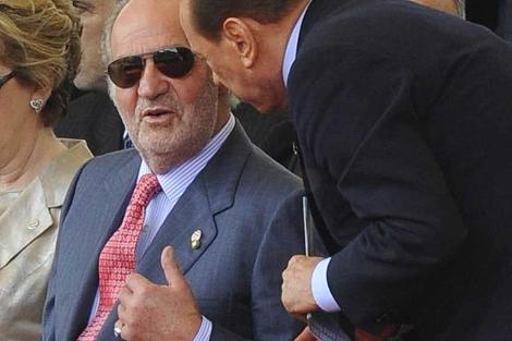 El Rey, junto a Berlusconi en su última imagen pública. | Efe/Antonello Nusca