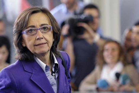 La ministra Aguilar, a su llegada a la reunión de Agricultura.| Reuters