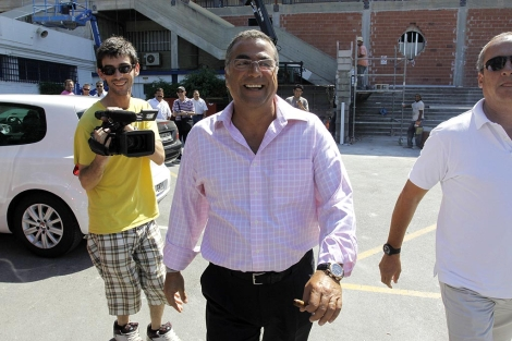 Enrique Ortiz acude a una reunión como máximo accionista del Hércules C.F. | Roberto Pérez
