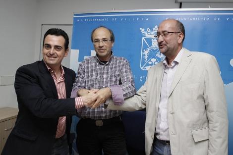Los componentes del tripartito en su primera comparecencia conjunta. | Roberto Pérez