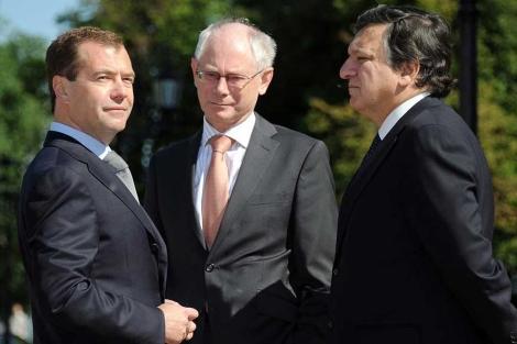 Medvédev, Van Rompuy y Barroso, en Nizhni Nóvgorod.| afp