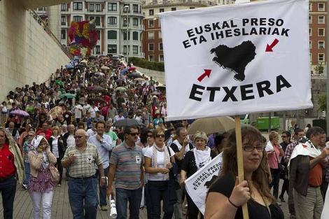 Manifestación en Bilbao de 'Egin dezagun bidea' contra la política penitenciaria. | Iñaki Andrés