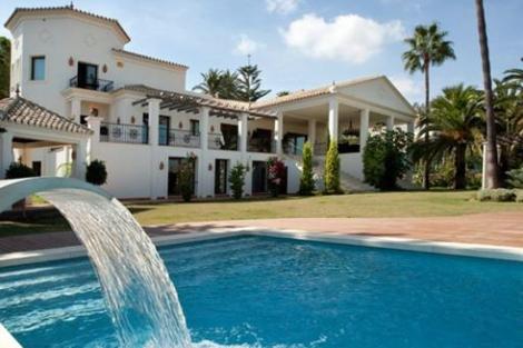 Piscinas con casa vivienda - Casa con piscina ...
