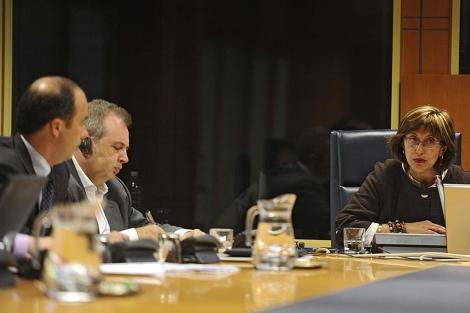 El presidente de EITB, Alberto Surio, y la consejera de Cultura, Blanca Urgell. | Nuria González