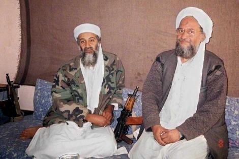 Al Zawahiri (dcha.), junto a Bin Laden. | Efe