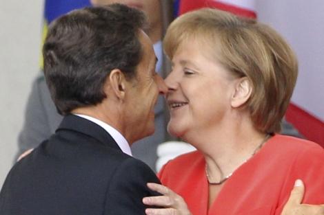 La canciller alemana, Angela Merkel, y el presidente francés, Nicolas Sarkozy, durante su encuentro en Berlín. | Reuters