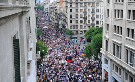 Via Laietana, abarrotada de manifestantes. | Santi Cogolludo