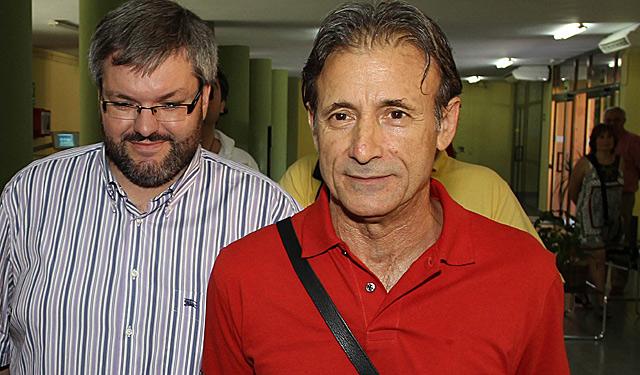 Los diputados electos de IU en la Asamblea de Extremadura, Victor Carrasco y Pedro Escobar. | Jero Morales