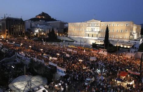 Concentración ante el Parlamento. | Reuters