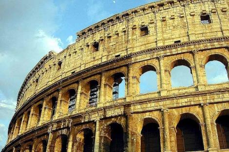 Vista del Coliseo, en Roma.