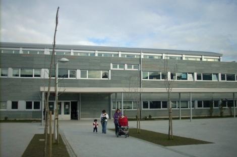 El CEIP de Arteixo donde estudió la niña. | M. N.