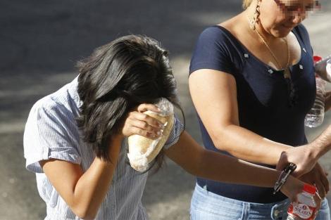 Imagen de la joven a su llegada al juzgado. (S. González)