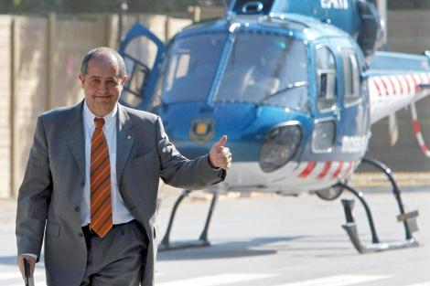 Puig, 'victorioso' a su llegada al Parlament en helicóptero el 15 de junio. | Andreu Dalmau | Efe