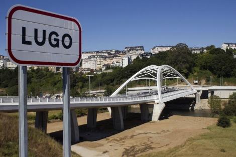 Imagen del nuevo puente sobre el río Miño.   Efe