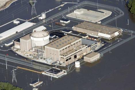 Vista aérea de la central nuclear de Fort Calhoun en Nebraska. | Reuters.