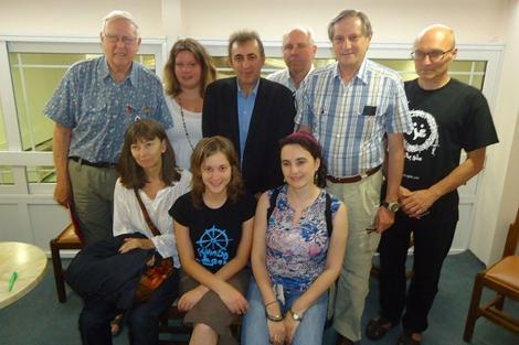 Albiol junto a otros activistas internacionales.