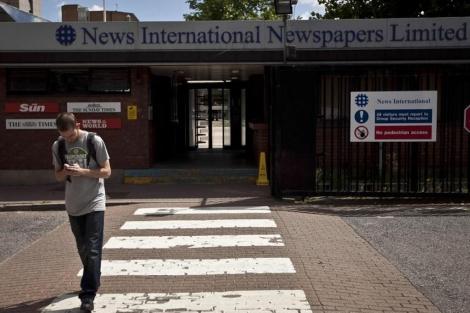 Sede de News International en Londres, empresa que edita 'News of the world'. | Ap