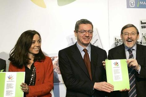 Ruiz-Gallardón, Lissavetzky y Coghen, en un acto de promoción de Madrid 2012. | E. M.