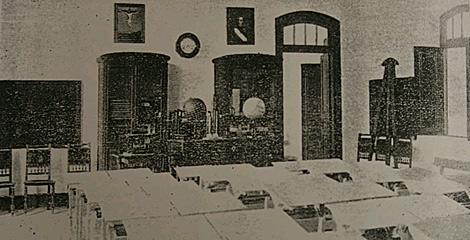 Aula de la escuela de Magazos en 1916, en Viveiro (Lugo). | Consello da Cultura