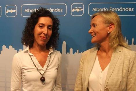 Maria Elisa Casanova -izq., junto a Esteller- será la novena edil. | Christian Maury