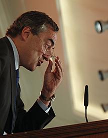 El presidente de la patronal, Juan Rosell, durante su discurso.   Efe